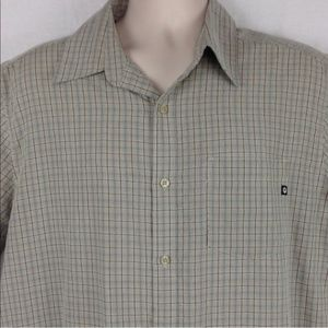 Marmot short sleeve plaid casual button front M